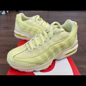 Nike air max 95 citron sz 5.5y or 7w
